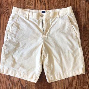 Men's Gap light yellow shorts